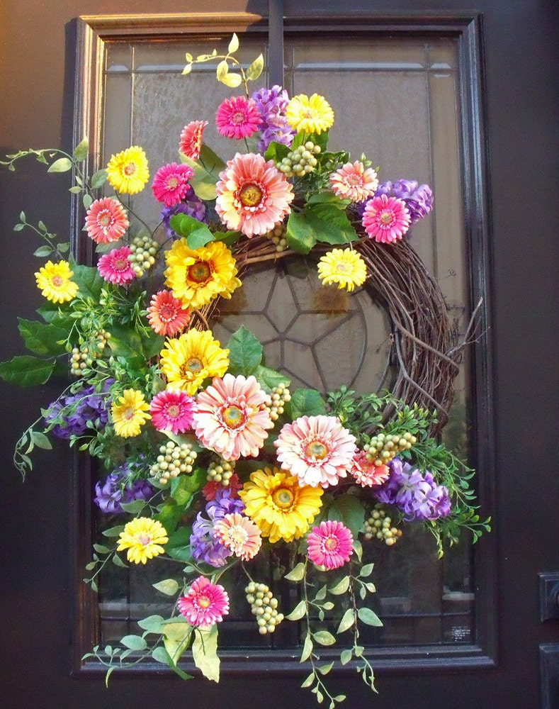 Gerber daisy wreath spring wreaths easter wreath spring Spring flower arrangements for front door