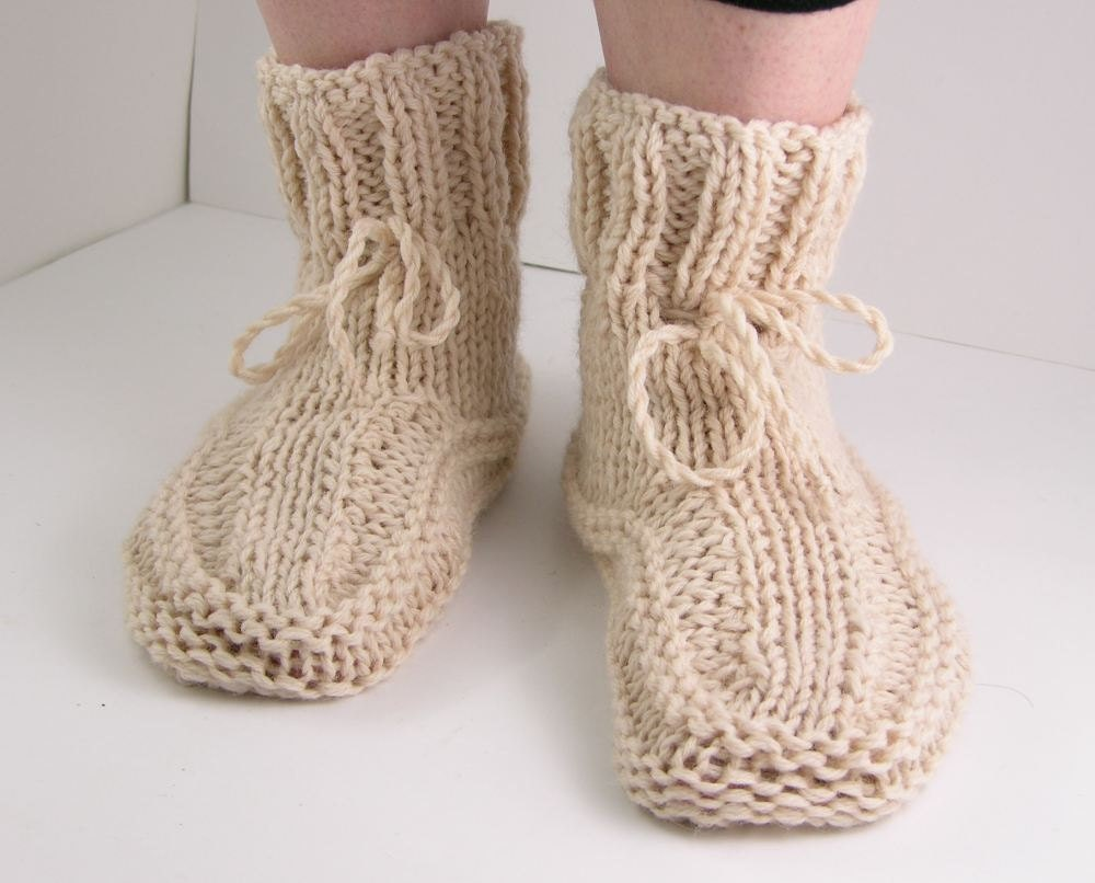 Knitting Women S Socks : Knit slipper sock women socks by piabarile