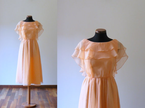 Vintage 1970s peach chiffon dress. bridesmaid wedding dress