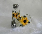 Salt and pepper shakers, hand painted salt and pepper shakers, sunflowers, hand painted sunflowers, sunflower salt and pepper shakers