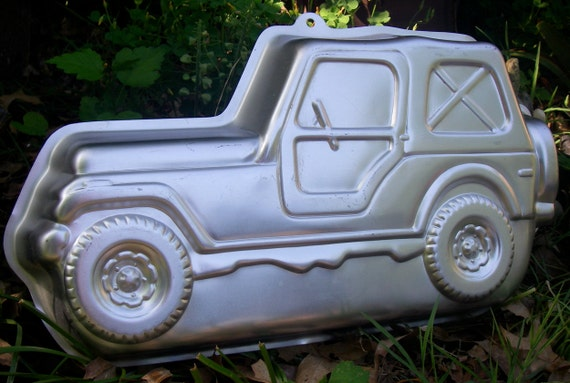 Retired Wilton Cake Pan 1984 Trail Rider Jeep Suv Mold