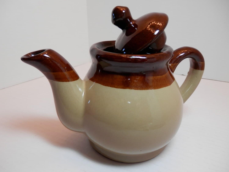 Stoneware Pitcher Brown Beige Lidded Coffee Tea Pot Ceramic