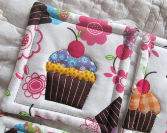 Cupcake Quilted Coasters (Set of 4)