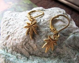 Just Crumblin' Erb - Brass Charm Earrings