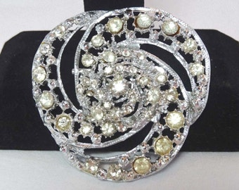 Rhinestone large Trinity Ring Brooch 1940's Apparel & Accessories Jewelry Vintage Jewelry Brooch Rhinestone
