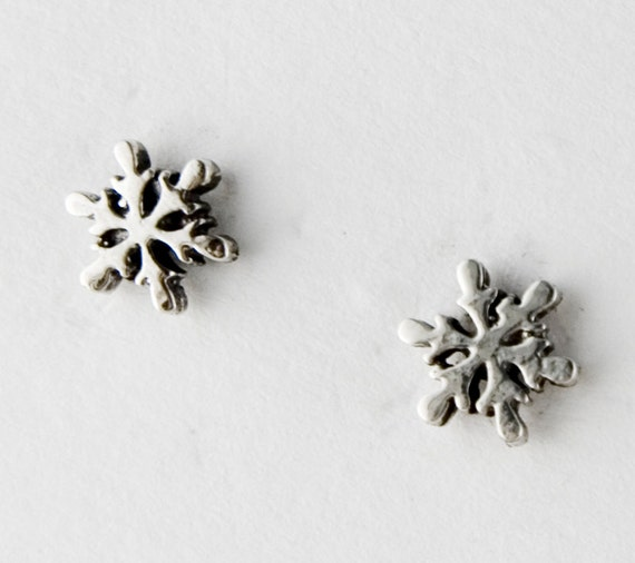 Small Snowflakes Sterling Silver Post Earrings