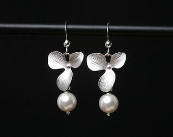 Orchid flower and pearl earrings,Sterling Silver Earrings,Wedding jewelry,Bridesmaid gifts,birthday gift,flower girl gift