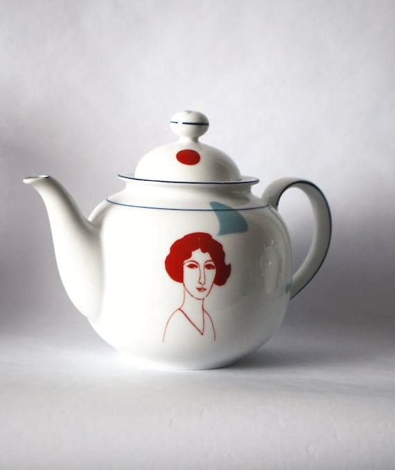 Vintage teapot Marie Louise
