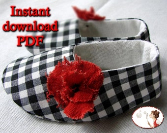 Poppy. Baby. Shoes. Sewing. Pattern. Booties. DIY. Sewing tutorial. 6 sizes included