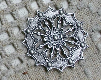 10pcs Metal Filigree Flowers Jewelry Components Antiqued Silver-Plated Brass 34mm