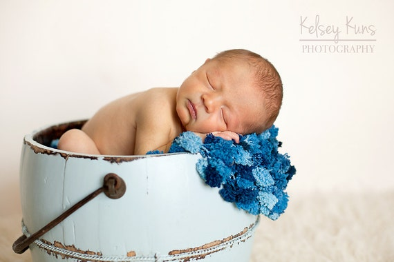 Baby Blanket - Pom Pom Blanket - Newborn Photo Prop