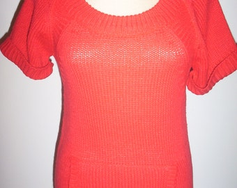 Juniors Size Large  - Like Size 7-9 Ladies Elegant Red Sweater - Back to School Clothes