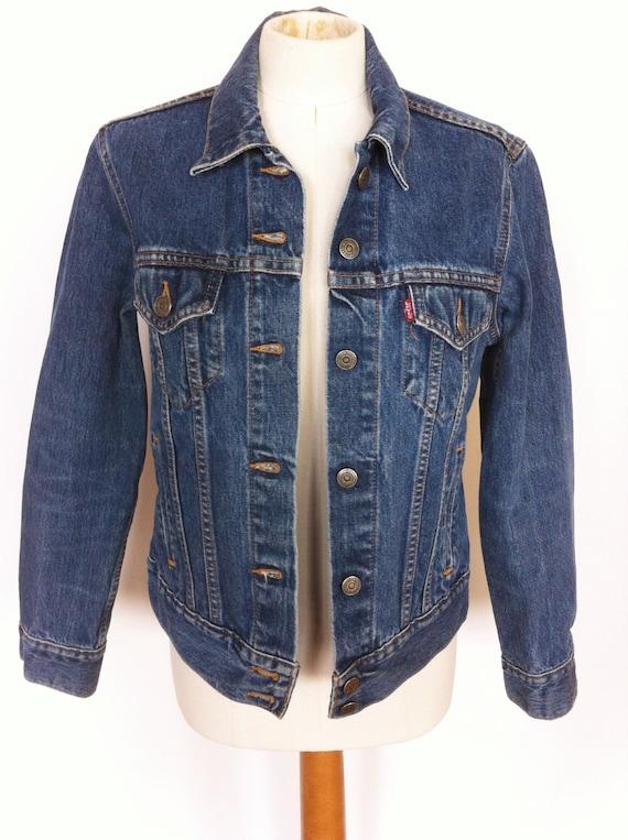 Vintage Jeans Shop 9