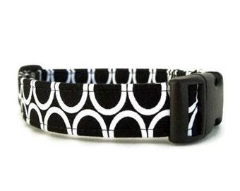 Black and White Dog Collar - Circles on Black