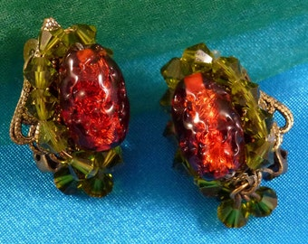Vintage Hobe Earrings,Beaded Green and Orange Clip Ons With Dangles