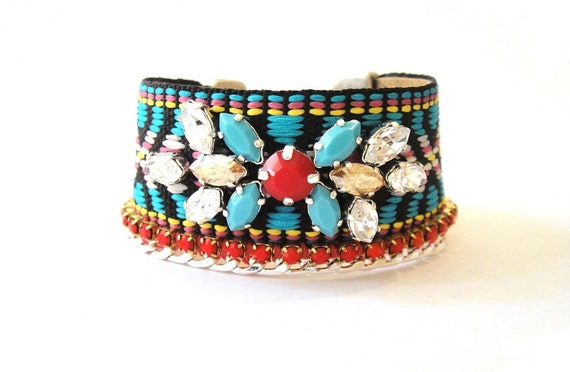 Medium wide ethnic style handembroidered Swarovski & Ribbon bracelet - Native American style - Navajo bracelet in turquoise and coral