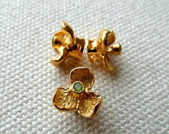 24k Gold Vermeil Peridot Gemstone Orchid Flower Bead  -  9mm  -  Unique 3 Petal Flower on Platform - High Quality