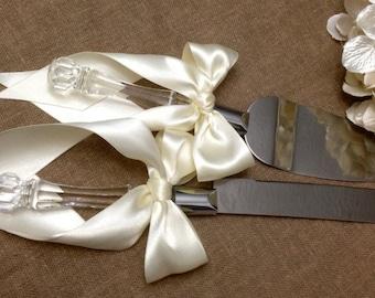 Engraveable Ivory Wedding Cake Server Set Ivory Cake Cutter Set Cake Cutting Set Extra Long Bows Custom Colors