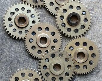 Vintage clock brass gears -- set of 8 -- D15