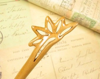Exquisite Peach Wood Hair Stick - Autumn Leaf