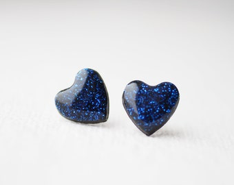 FREE WORLDWIDE SHIPPING - Saphire Blue Glitter Heart Stud Earrings