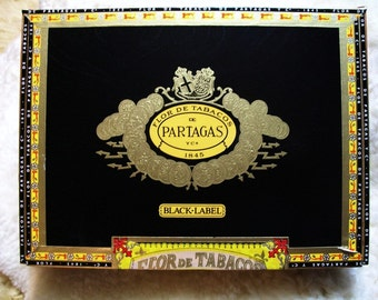 Cigar Box for crafting, purses, supply - PARTAGAS - Magnifico - Empty Box