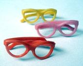 3 x Miniature Plastic Sunglasses 1