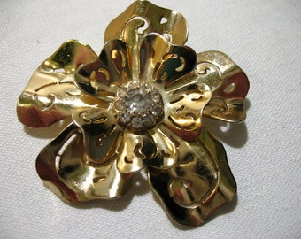 Vintage CORO Gold Tone Flower Pendant with Rhinestones