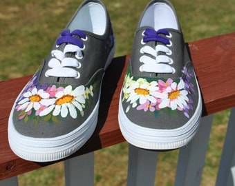 for sale Hand Painted sneakers size 7 1/2 with daisies and flowers