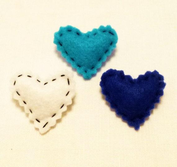 Fabric pin, Valentines gift, Mini Heart, Felt heart, Felt Brooch, Felt Pin, Gifts under 10, Multicolor Handmade by Marumadrid