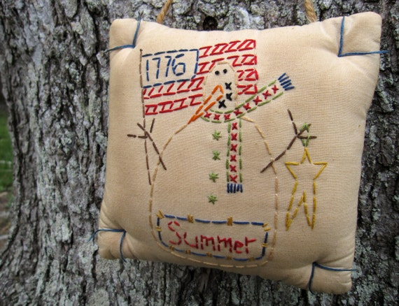 CLEARANCE SALE Summer Patriotic Snowman 1776 4th of July - Primitive Embroidery Stitchery Door Hanger Decor