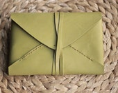 Kindle Paperwhite Leather Sleeve / Olive Green Envelope