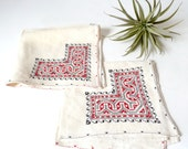 Pair Vintage Embroidered Linen Luncheon Napkins ... Red and Black, Geometric Motif, Dinner Napkins, White Napkins