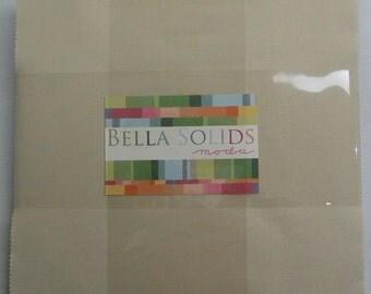 Bella Solids Layer Cake - Snow