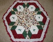 Christmas Tree Skirt - Biscuit Quilted - Old Style Toys