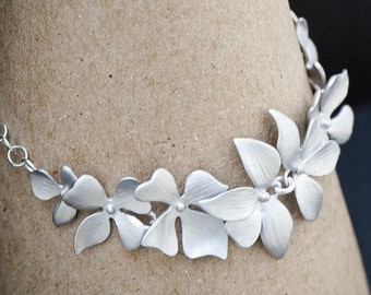 SILVER Orchid  Bracelet, Orchid Flower Bracelet, Bridal Wedding Jewelry, Bridesmaid Jewelry, Mothers Bracelet