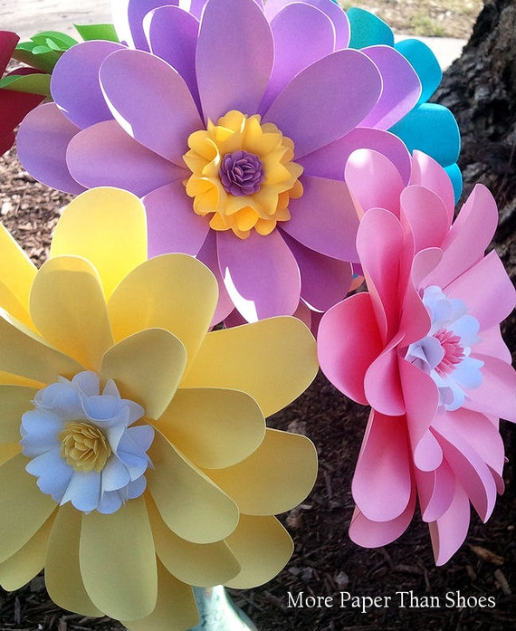 Paper flowers home decor birthday party decorations for Flower decoration made of paper