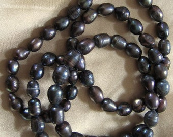 BLACK PEARL Necklace 80 cms Long Classic style Vintage Rethreaded Beads