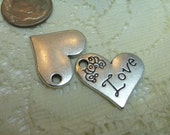 2 Beautiful Dainty Hearts and Flowers Charms Pendants Dangles Embellishments