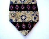 On Sale Vintage Silk Retro Men's Tie Metropolitan Museum of Art Now Celebrating Five Years On Etsy