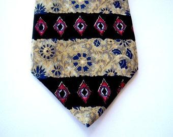 Vintage Silk Retro Men's Tie Metropolitan Museum of Art Now Celebrating Five Years On Etsy