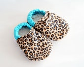 Jungle Cub Cheetah Leopard Baby Shoes Bison Booties 6 to 12 months baby slippers cloth fabric shoelette