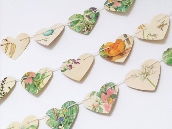 Heart garland, paper hearts