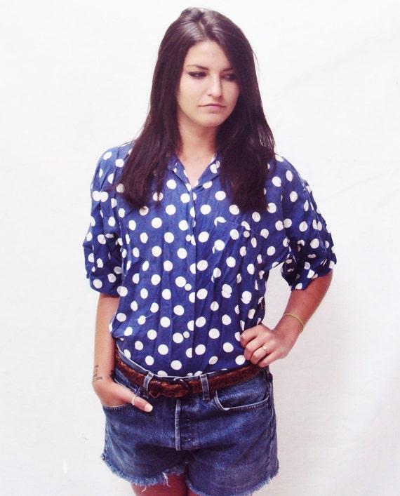 80s boxy shirt / oversized blouse / polka dot / button down shirt / minimalist top / s / m