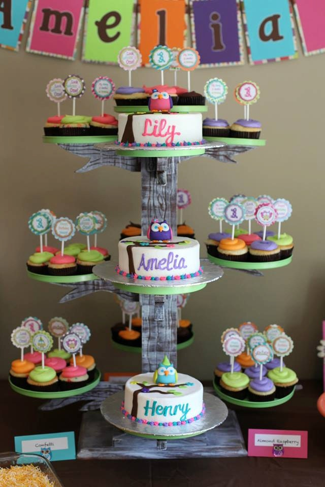 Unique Cupcake Tree Stand Server Holds 50 To 75 Cupcakes