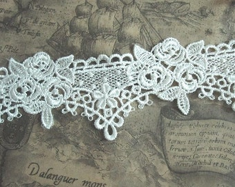 Gorgeous White Venice Lace Trim Beautiful Roses Lace 2.55 Inches Wide 2 yards