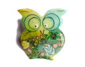 OWL brooch  - one of a kind , polymer clay - broche chouette hibou,  Kelly green, emerald, pastel blue rose - owl collectibles - Chifonie