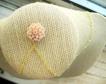 Delicate Light Pink Flower Necklace
