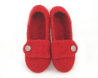 Red Womens Felted Wool Slippers