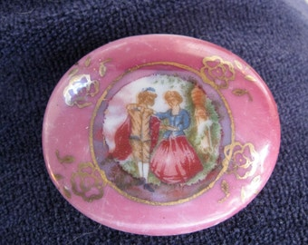 SALE Victorian Footed Trinket Box  / Ring box